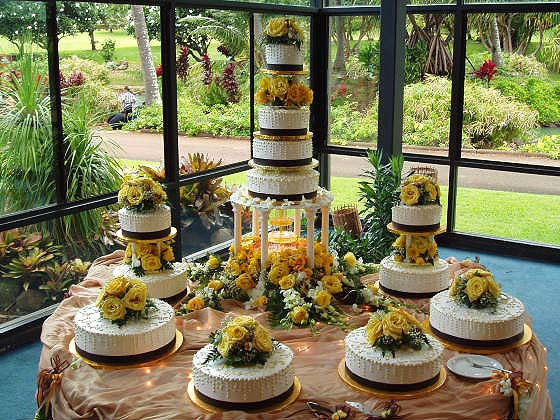 wedding cakes on maui merry weddings 25185